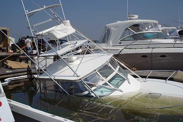 sunken-pwerboat.jpg