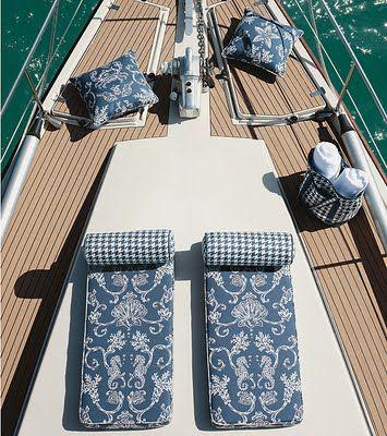 80ea3bd0587680cbaf3fdccdcfa1b2ef--houseboat-ideas-outdoor-fabric.jpg