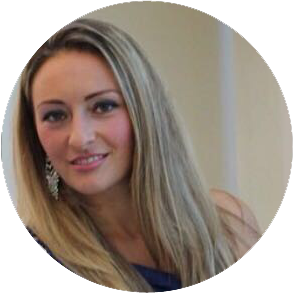 Elita - Elita has been with The Parlour for over 5 years and is a highly skilled stylist, specialising in bridal hair and prom.Favourite filmCasino RoyaleFavourite drinkBaileysFavourite placeItaly