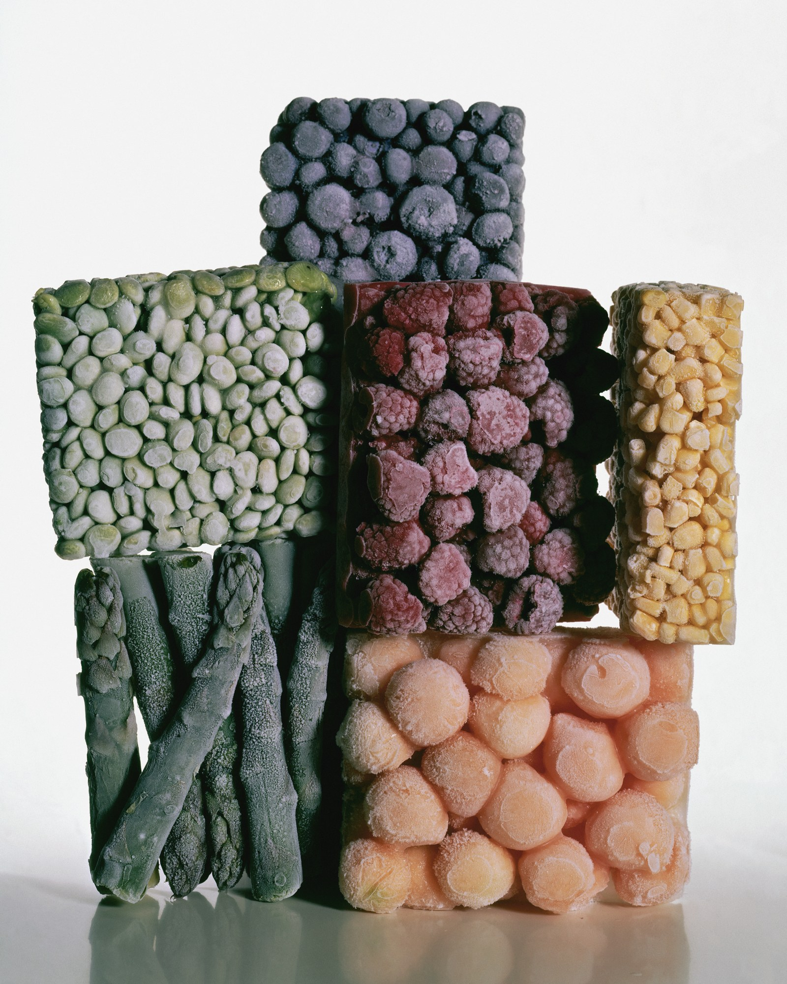 """Irving Penn, """"Frozen Foods, New York"""" 1977"""
