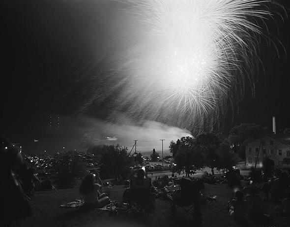"Vincent Cianni, ""Fourth of July fireworks, Water Street, Newburgh, New York"" (2016)"