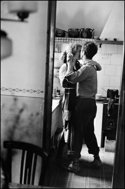 "Elliott Erwitt, ""Valencia, Spain"" (1952) - Less widely known is that this is a photo of Robert Frank and his wife."
