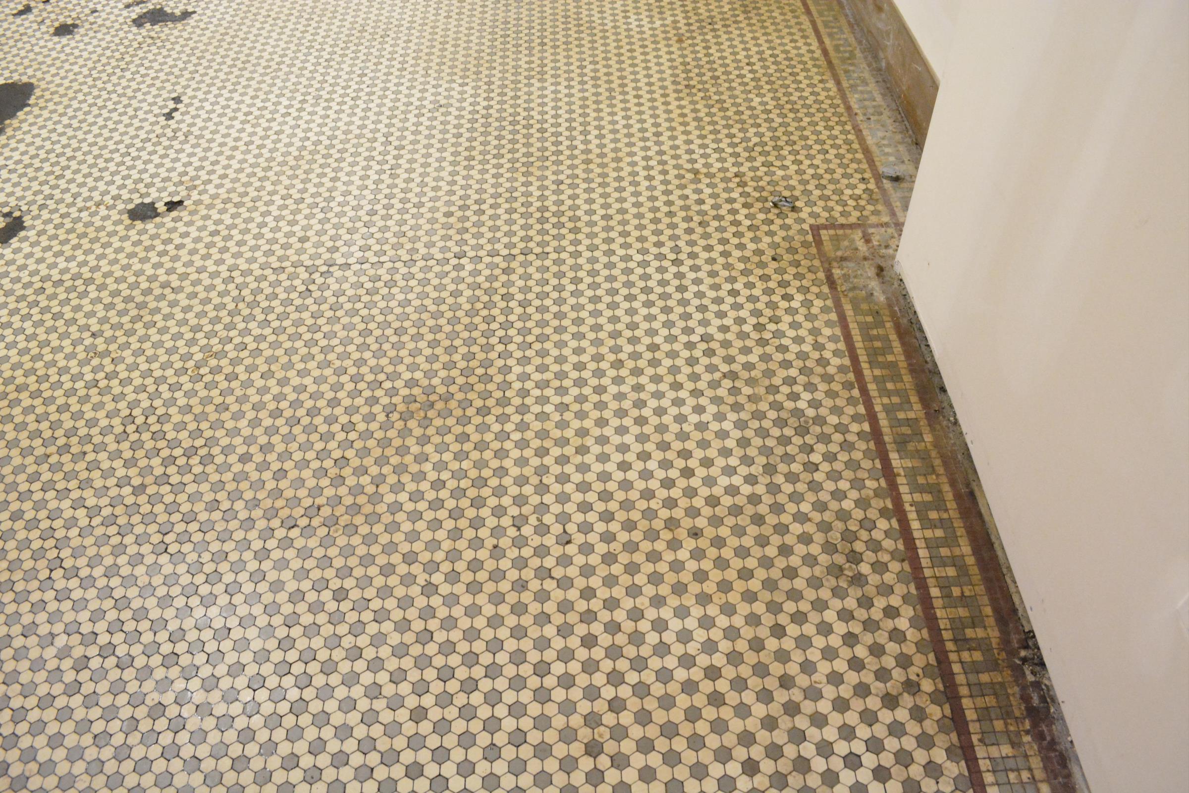 13c - 46 Lisbon 1st Retail After Tile Detail.JPG
