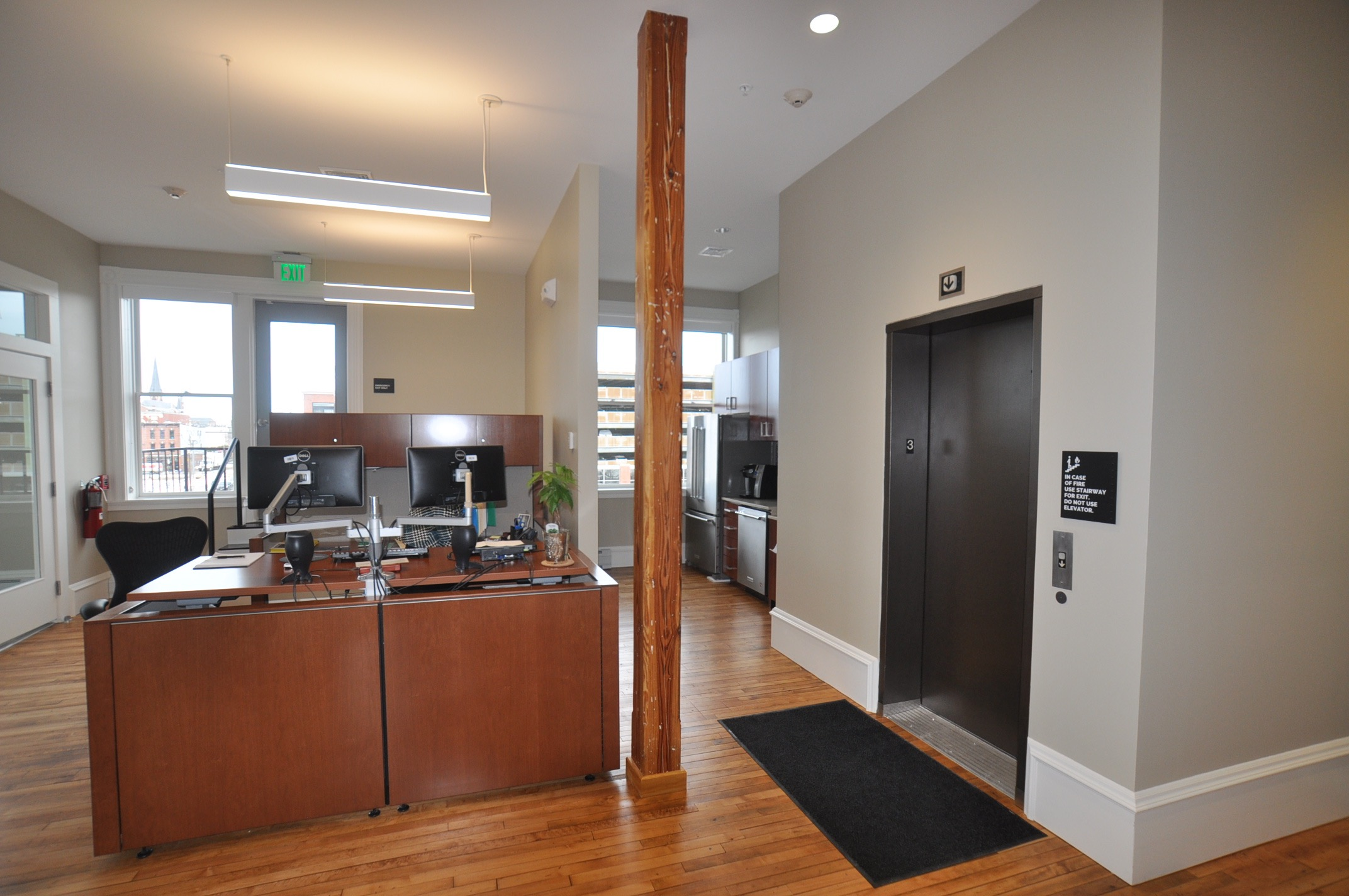 Photo 21 After - grand trunk -office space.jpg
