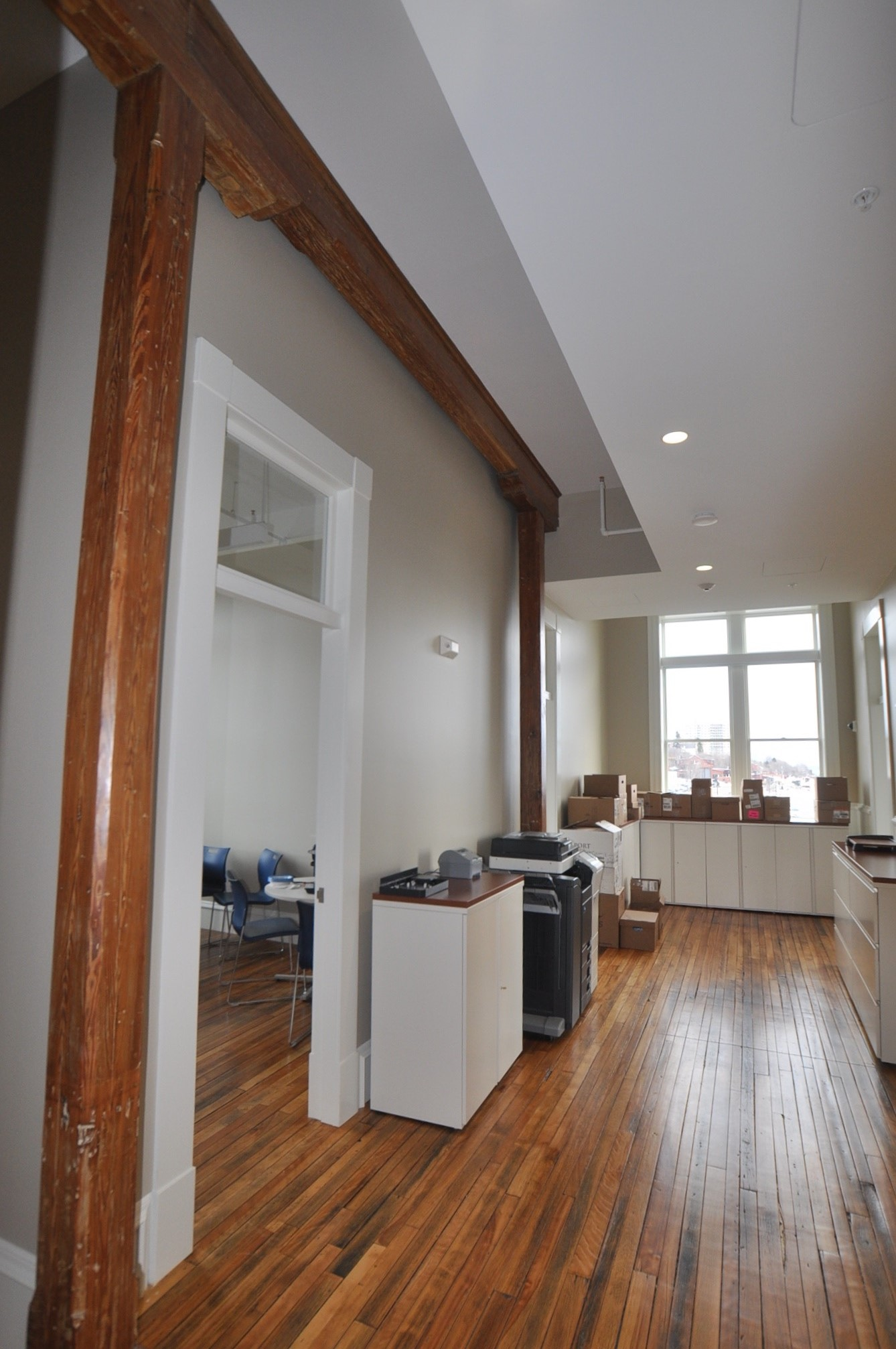 Photo 28 after- grand trunk with historic beams.jpg