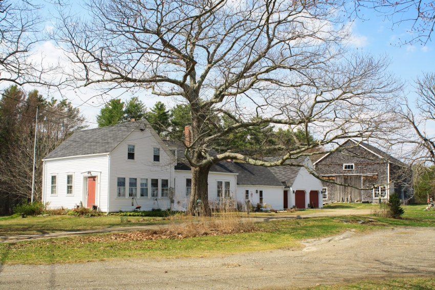 An Extended Farmhouse in Phippsburg