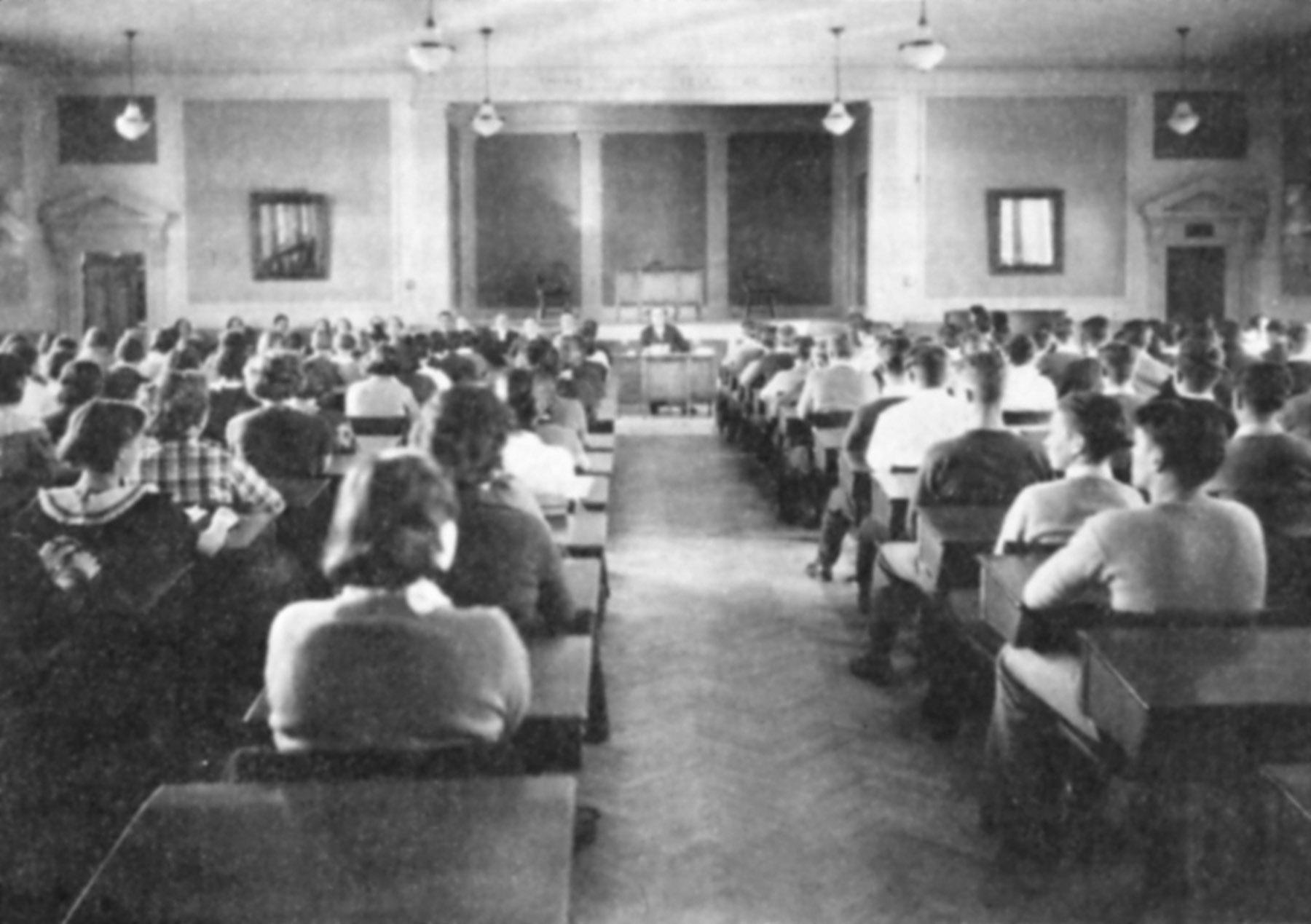 Q2 Hanscom 1st floor 1934 study hall.jpg