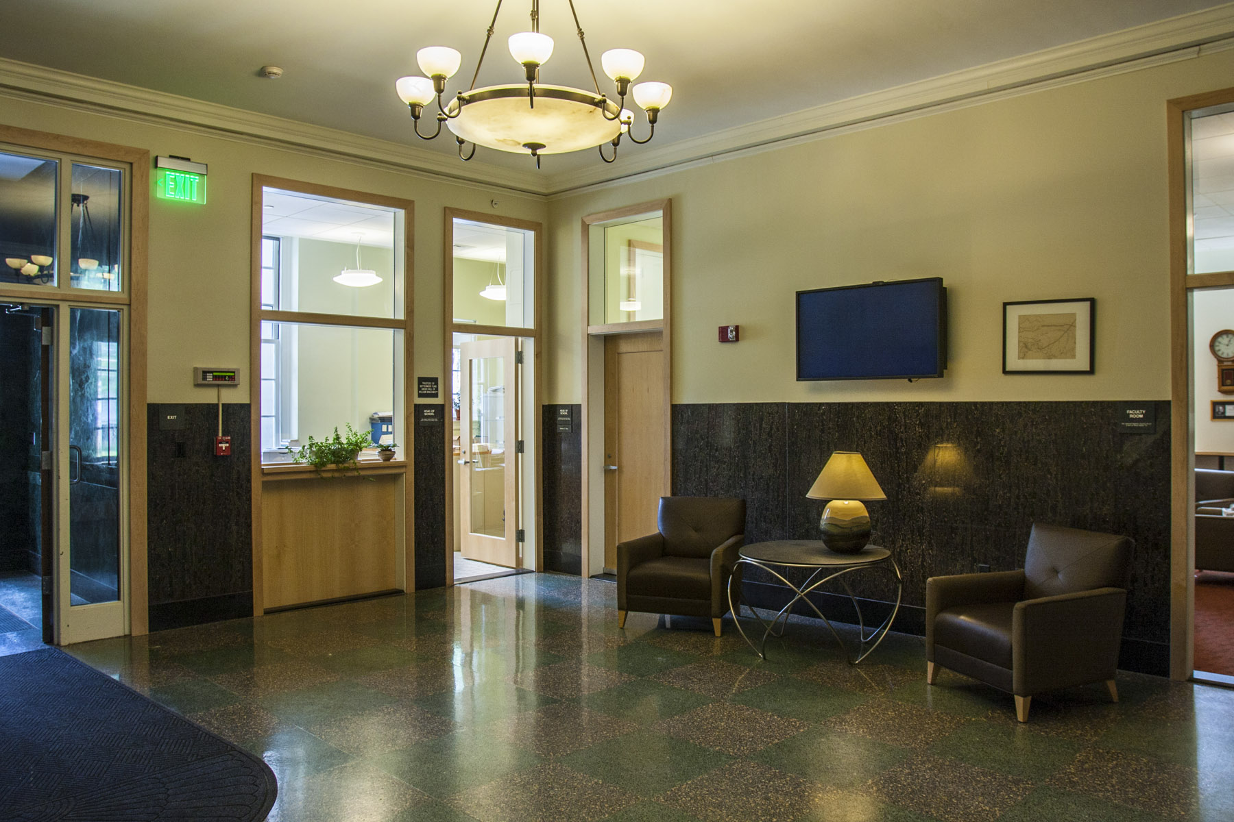 Q4 Hanscom First Floor Foyer 2012.jpg