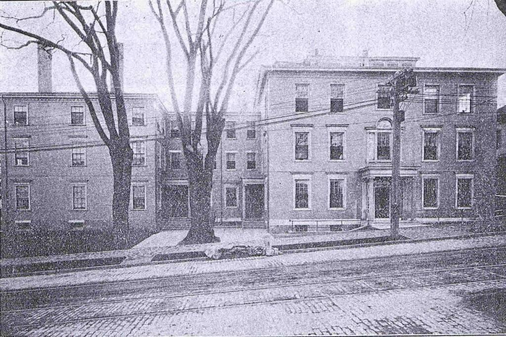 Historic - Children's Hospital from High St., 1912.jpg