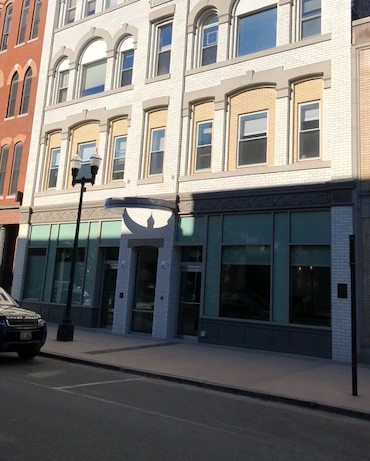 Osgood Building Storefront Facade_129 Lisbon Street_Lewiston_ME_Berman&Simmons_12_4_2017.jpg