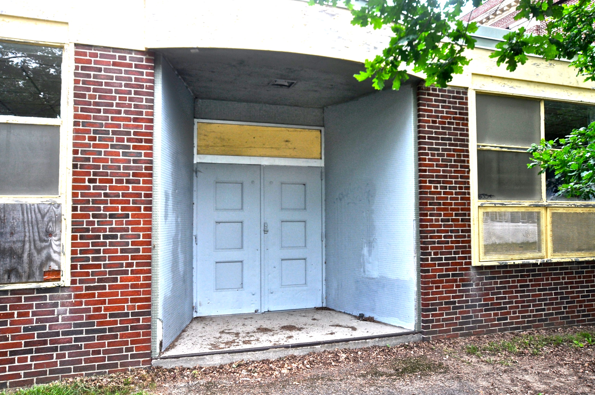 5 Reed exterior entrance  - before.JPG