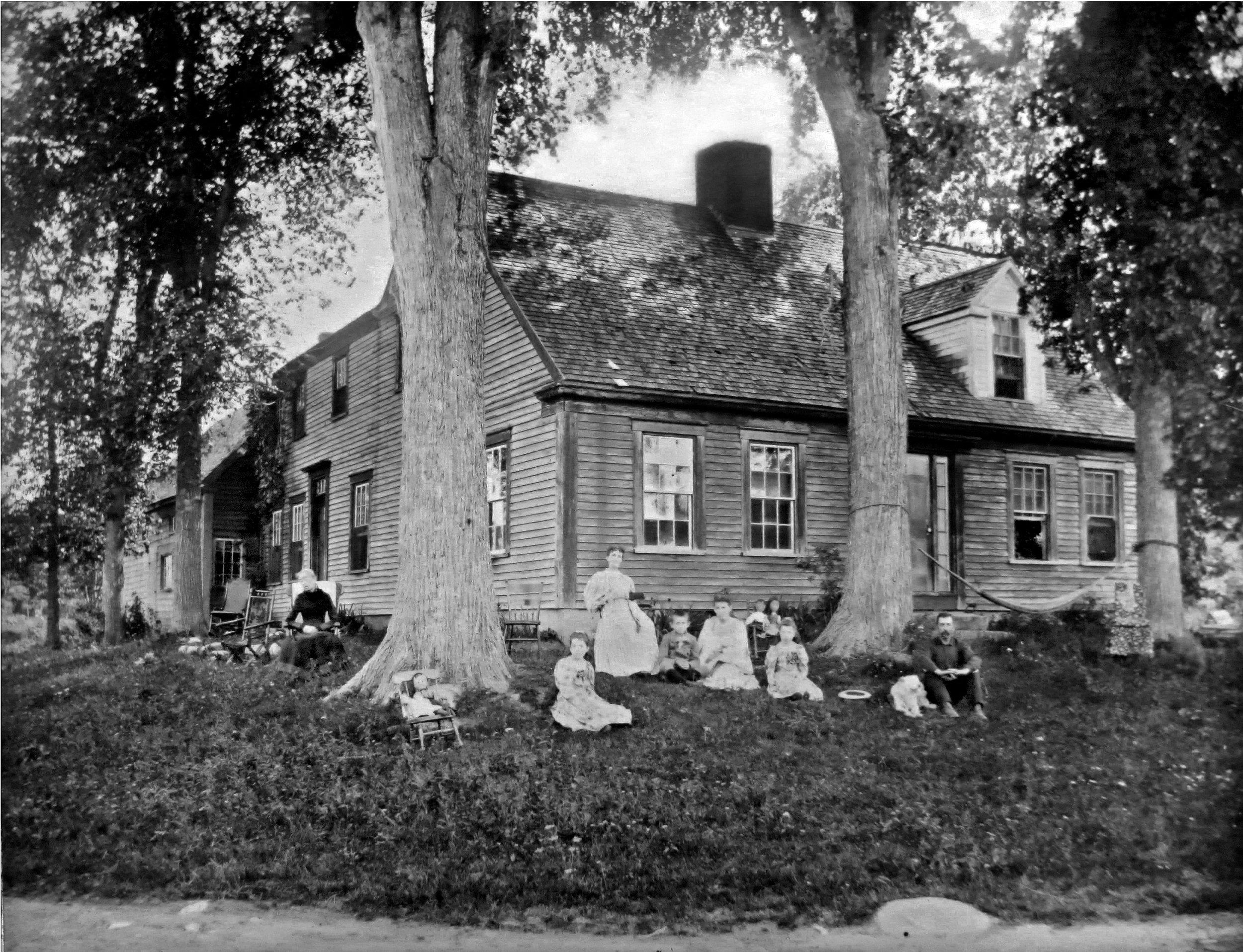 c. 1900.jpg