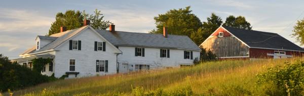 Annie-Mills-farm-Aurora-002-600x191.jpg