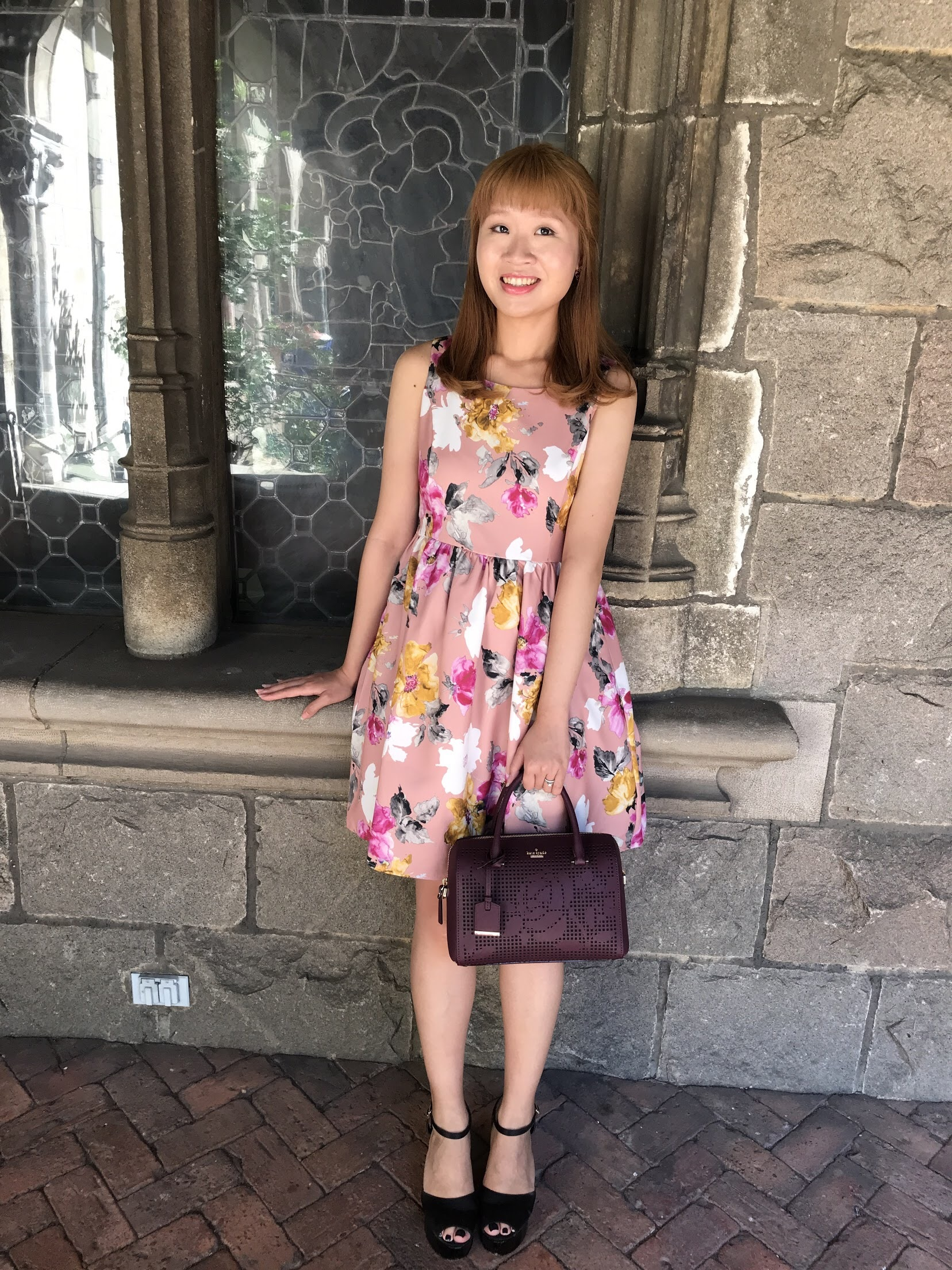 Dress: tocco closet; shoes: dazzlin; bag: Kate Spade.