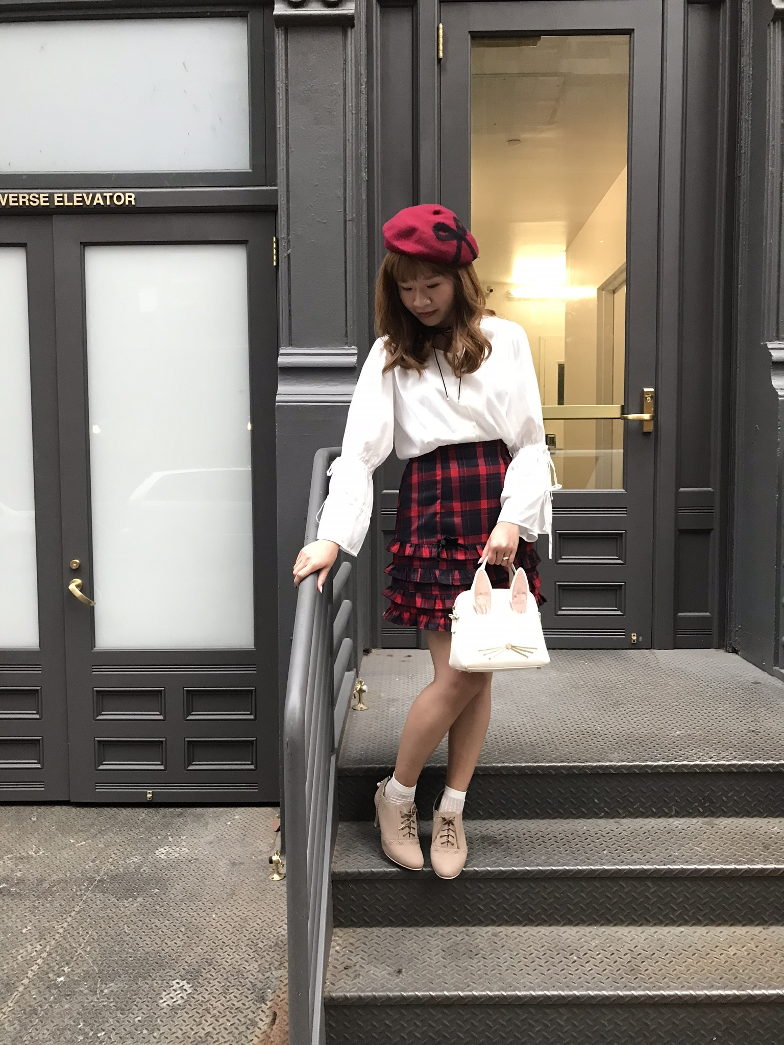 Top: dazzlin; skirt: Ank Rouge; shoes: LODISPOTTO; bag: Kate Spade; hat: tocco closet; necklace: INGNI; socks: tutuanna.