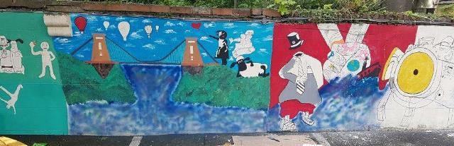 To end the day Supported Independence unveiled this large mural, created by service users and depicting scenes from Bristol