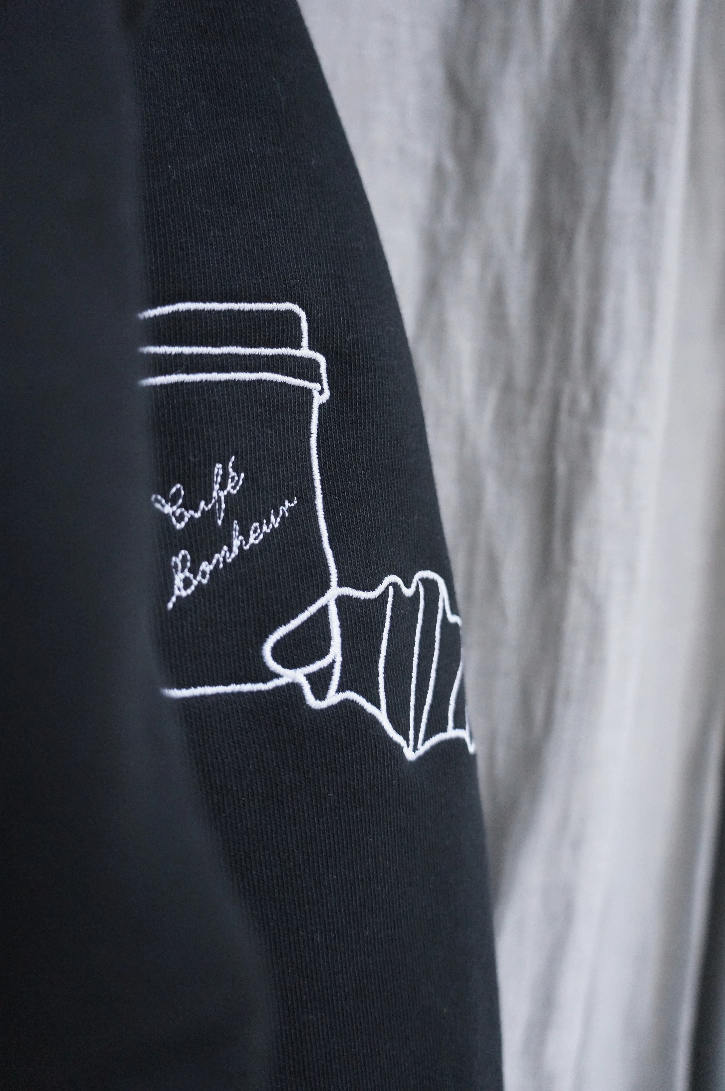 It's here! - It's a sweatshirtIt's embroideredIt's deliciousIt's unisexIt's sustainableDiscover the Café & Croissant design you loveso much on a sweatshirt!