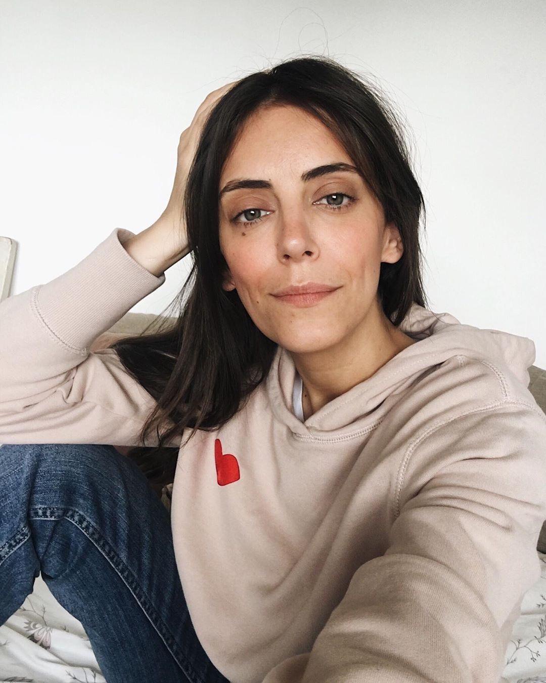 Audrey Fitzjohn    Kiss hoodie