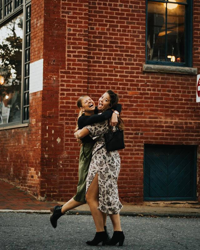 kicking myself because I've found so many galleries that I've never even shared so here is one of the cutest sessions in our little downtown Lynchburg!  creative goals of 2019 - stop forgetting to post cute galleries like these ones - work with more creatives on shoots (photographers, muas, stylists) - possible NYC shoot? - collaborate with more ethical companies - try some weird ideas  Any creative goals?