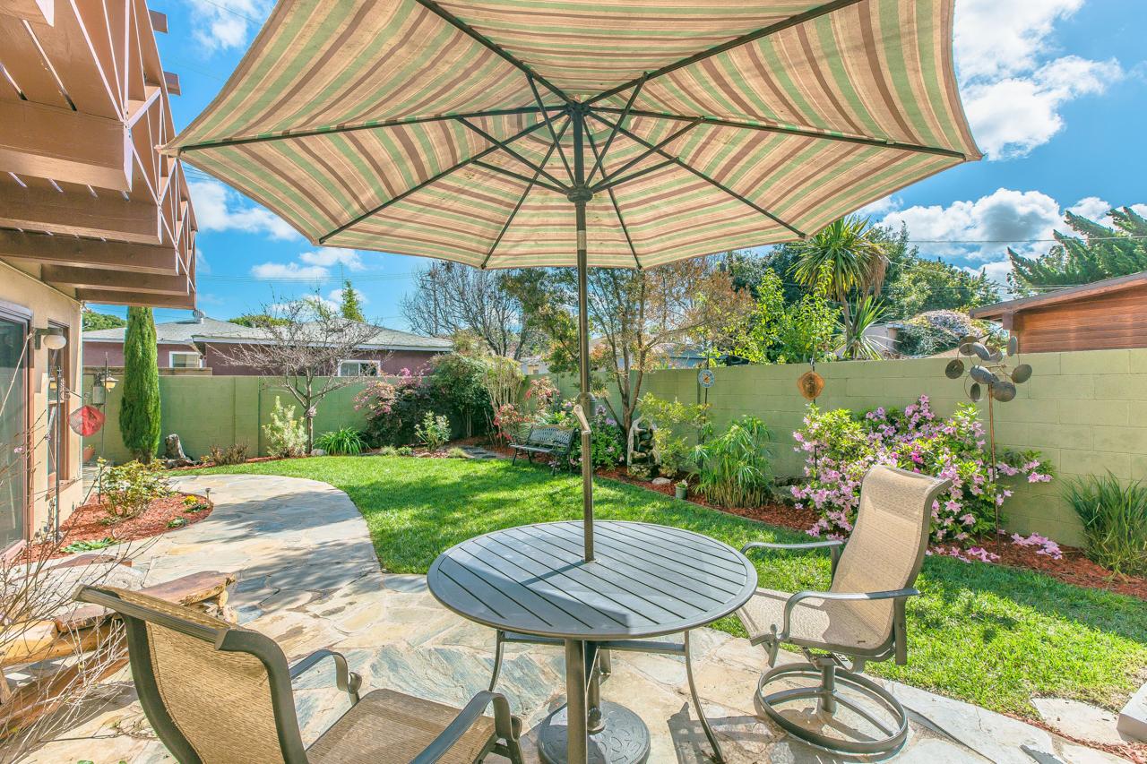 Los_Angeles_Real_Estate_044.jpg