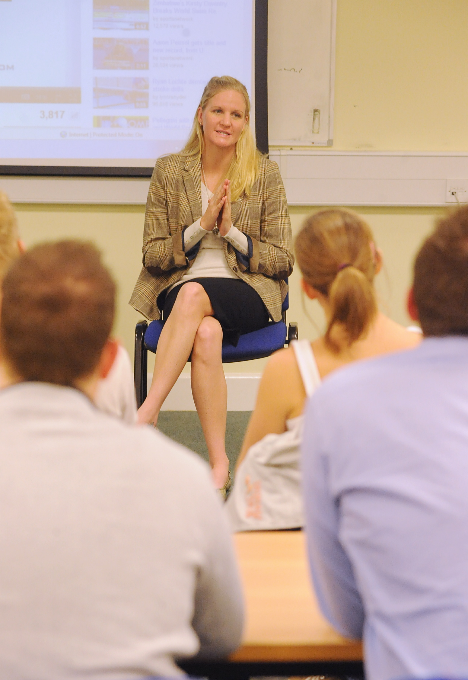 Kirsty-Coventry-public-speaking.jpg
