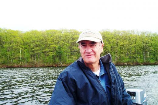 Ted-Willimas-at-Lake.jpg
