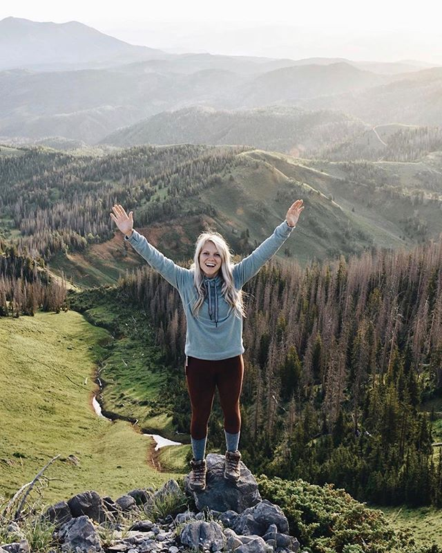 "#travelherway | @brittsmith14 • Brittani may have just inspired us with her ""another sunrise Saturday"" caption. Imagine if every Saturday, we woke up early enough to catch a beautiful sunrise on a trail somewhere. It sounds like the most beautiful way to kick off the weekend...what do you guys think? • •"