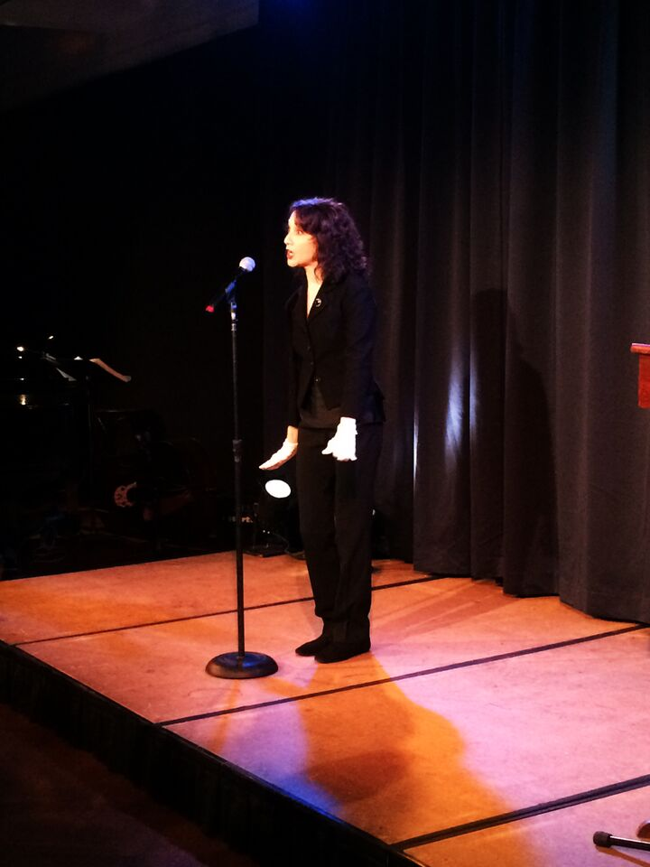 Bebe Neuwirth performs.jpg