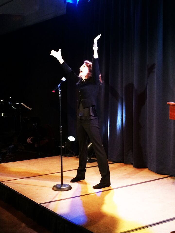 Bebe Neuwirth performs take 2.jpg
