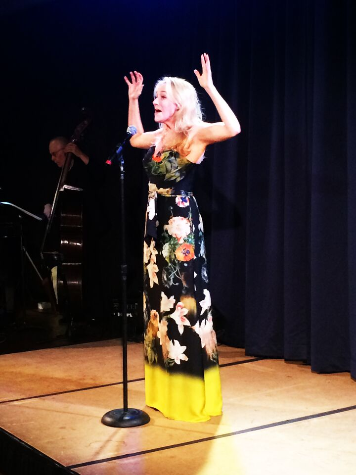 Betsy Wolfe performs take 3.jpg