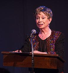 - Harriet at podium