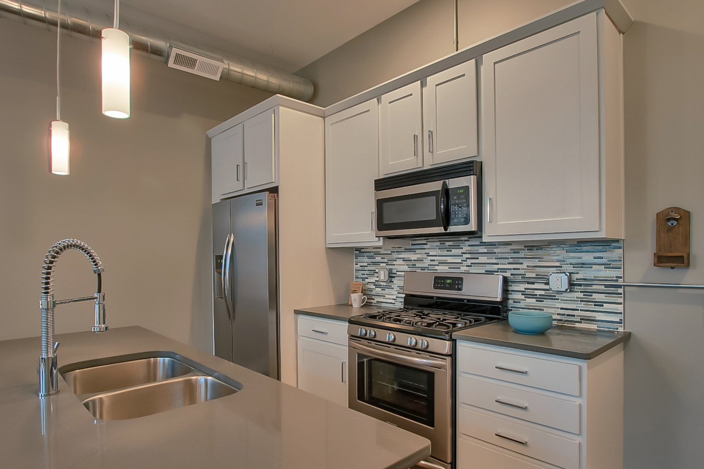 Close to home - Conveniently located within walking distance to everything in Downtown Harrisburg, including: Riverfront Park, City Island, and many great restaurants and bars.