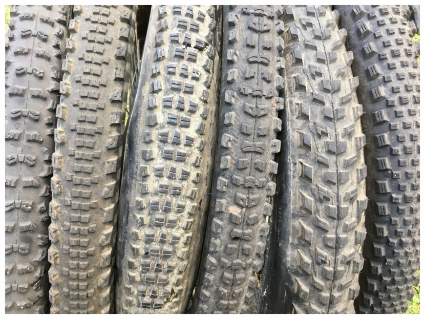 offroad-wheelchair-tires-used.jpg