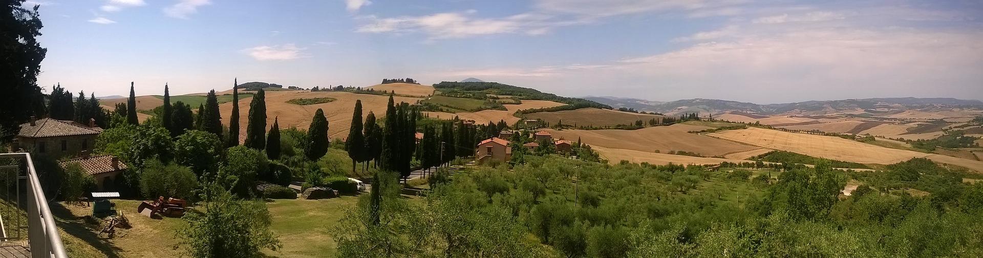 tuscany-2103587_1920.jpg