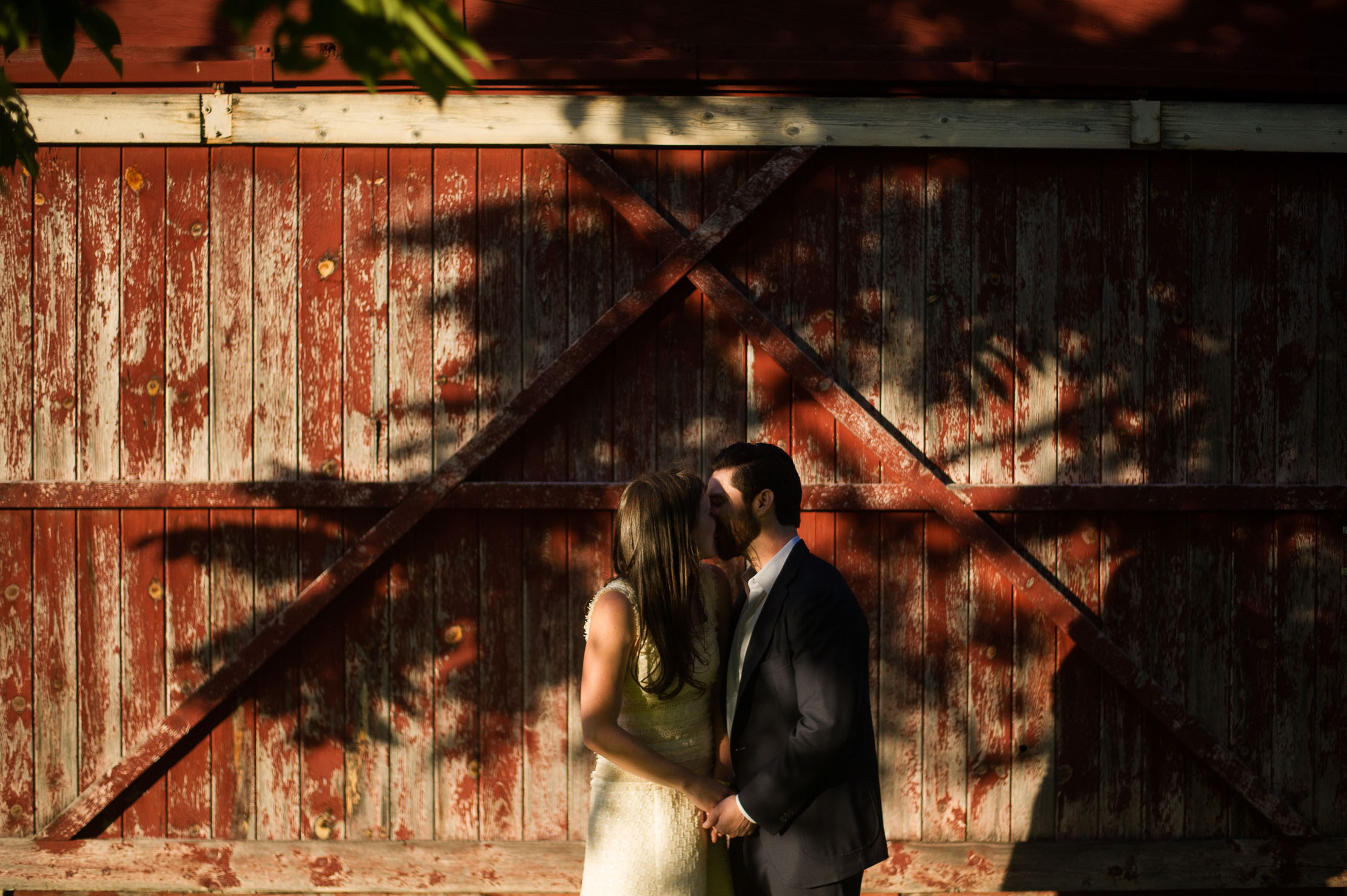VERMONT-BARN-NYC-WEDDING-PHOTOGRAPHER-1002.jpg