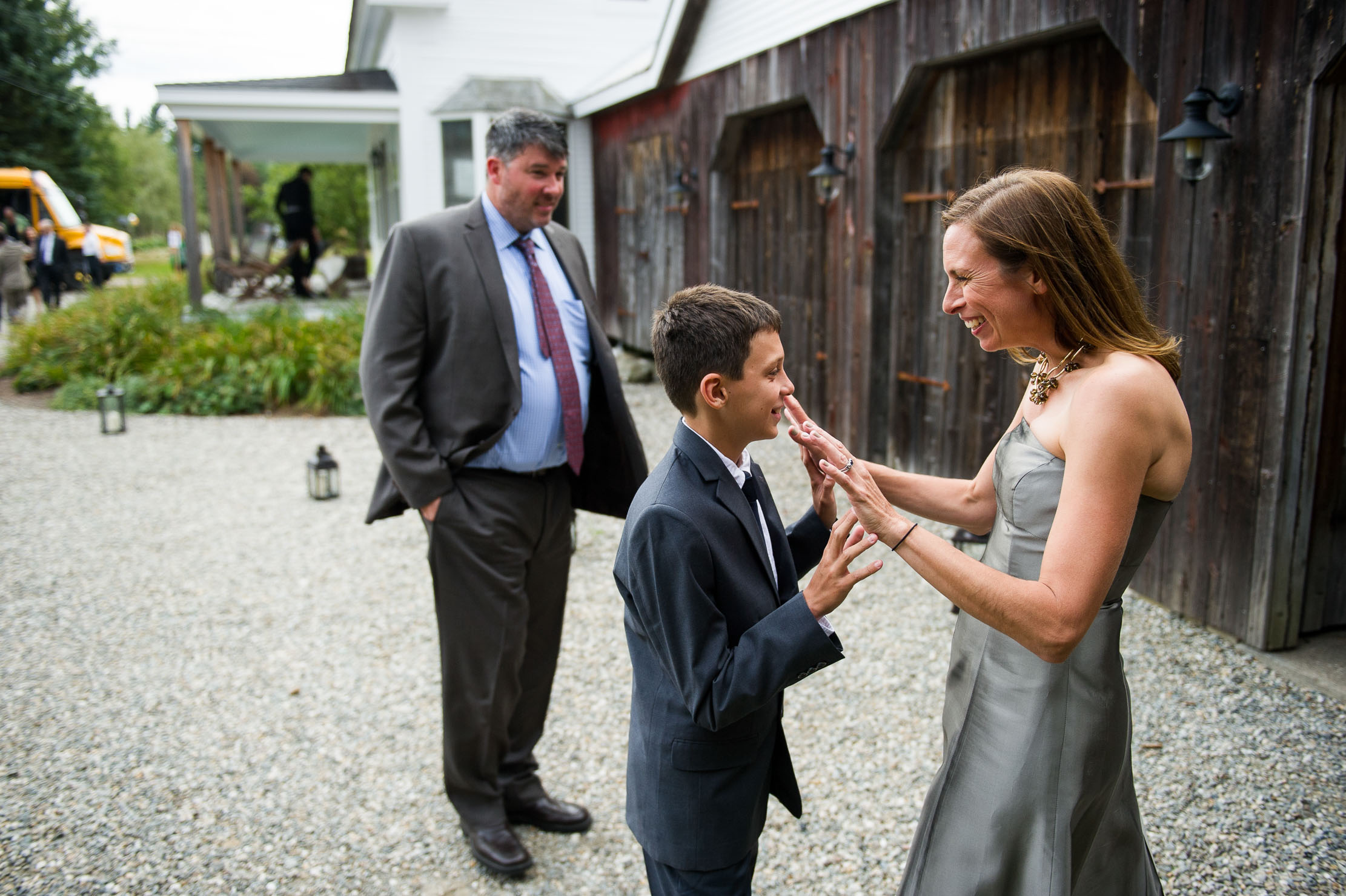 VERMONT-BARN-NYC-WEDDING-PHOTOGRAPHER-1047.jpg