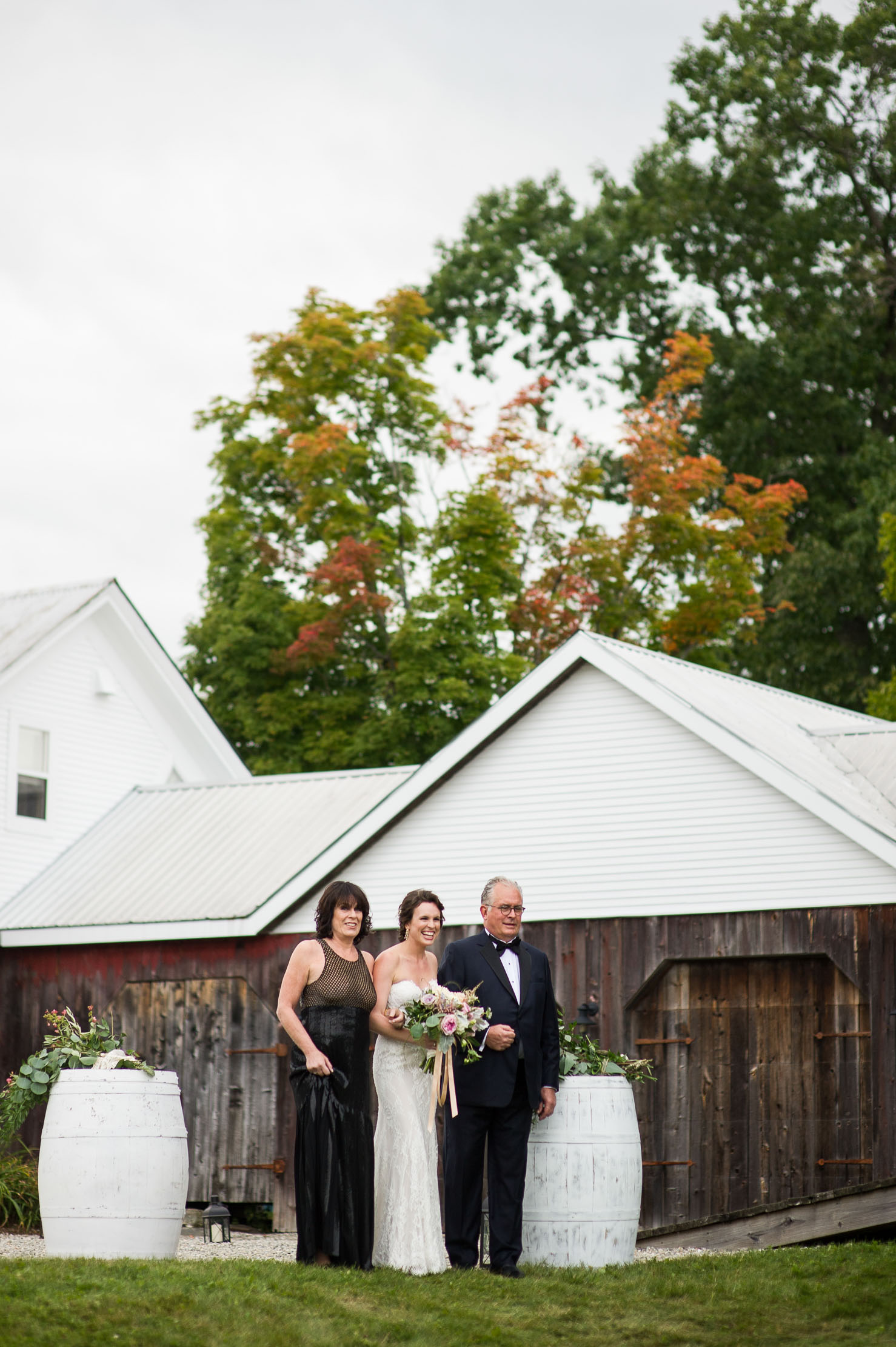 VERMONT-BARN-NYC-WEDDING-PHOTOGRAPHER-1062.jpg