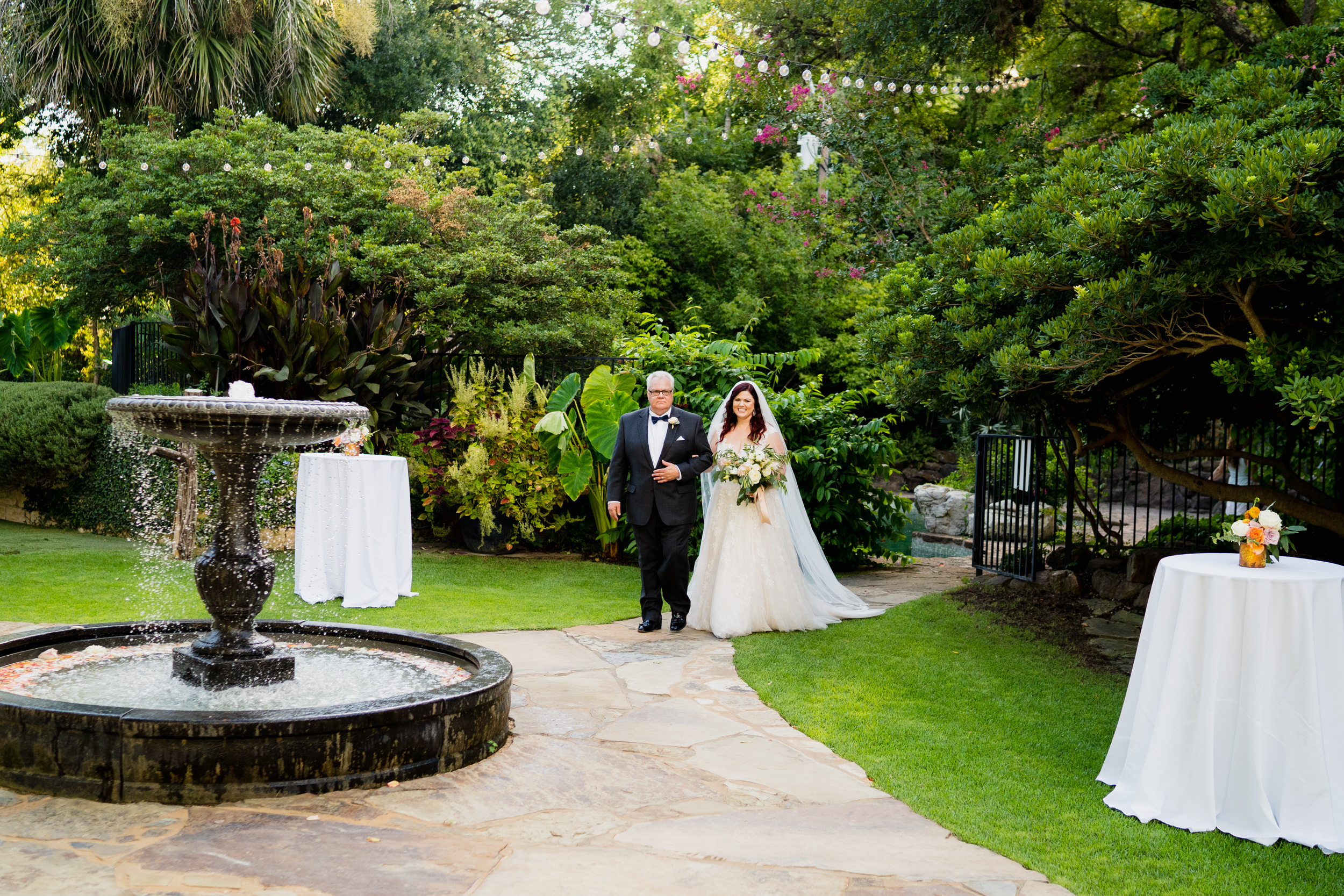 KatieSammyPreviews-Hummingbird-House-Austin-Wedding-1065.jpg