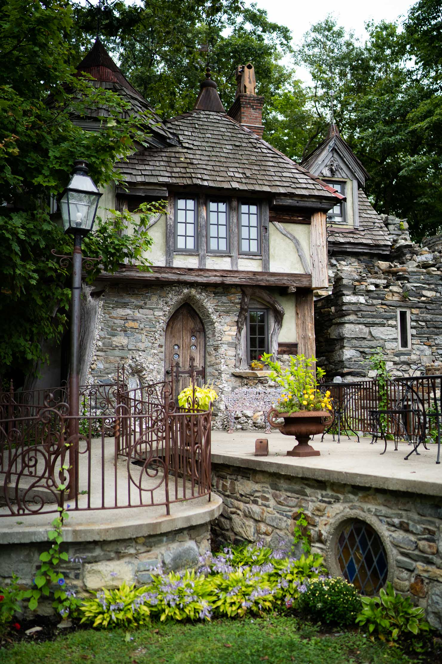 Wings-Castle-Millbrook-NY-Upstate-Wedding-Photographer-1063.jpg