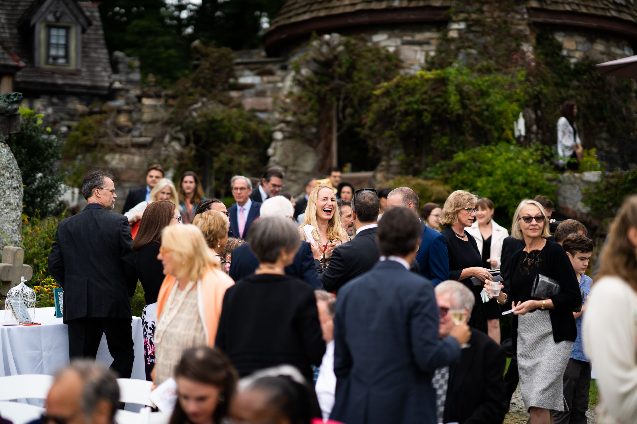 Wings-Castle-Millbrook-NY-Upstate-Wedding-Photographer-1074.jpg