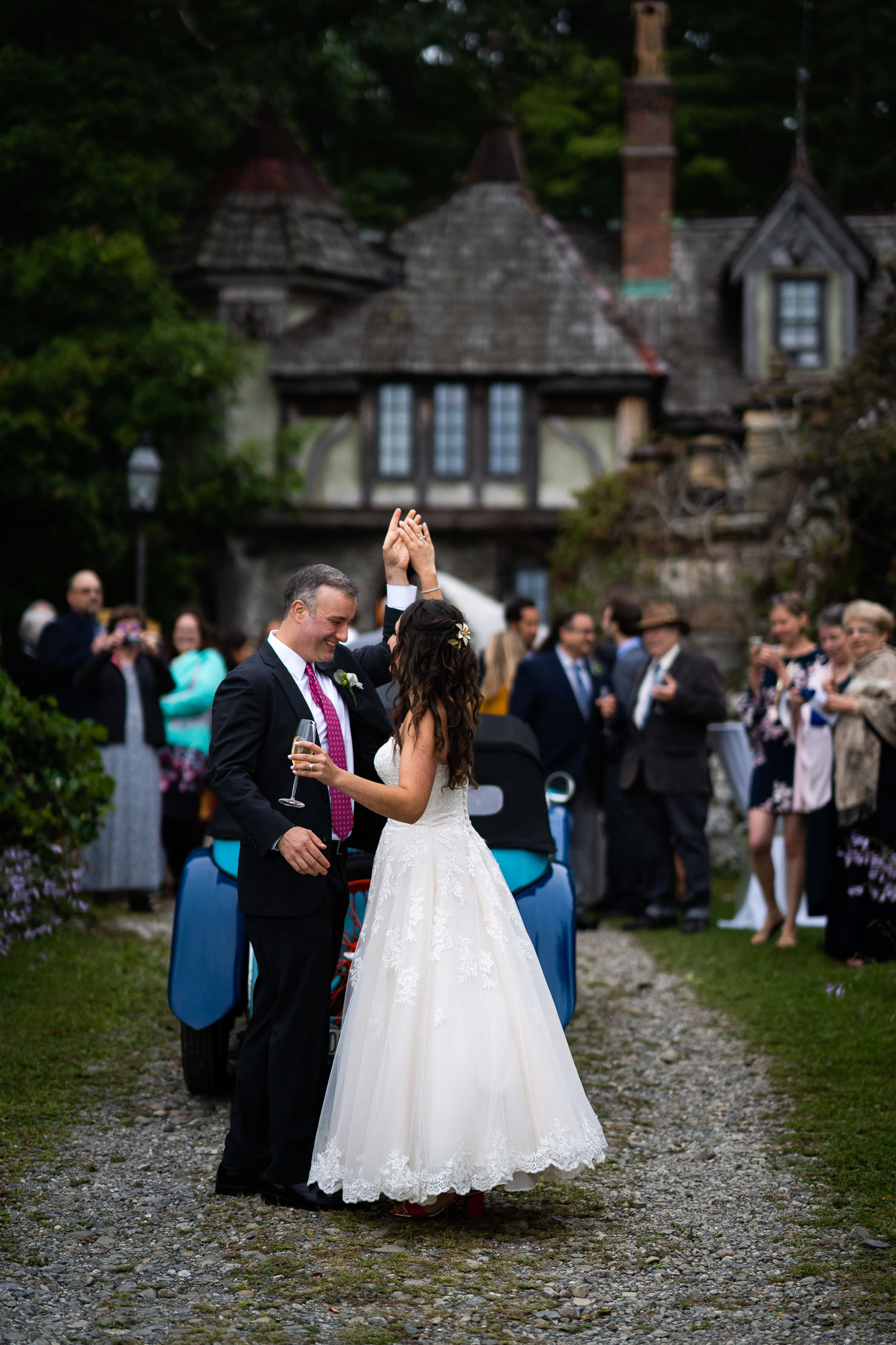 Wings-Castle-Millbrook-NY-Upstate-Wedding-Photographer-1109.jpg
