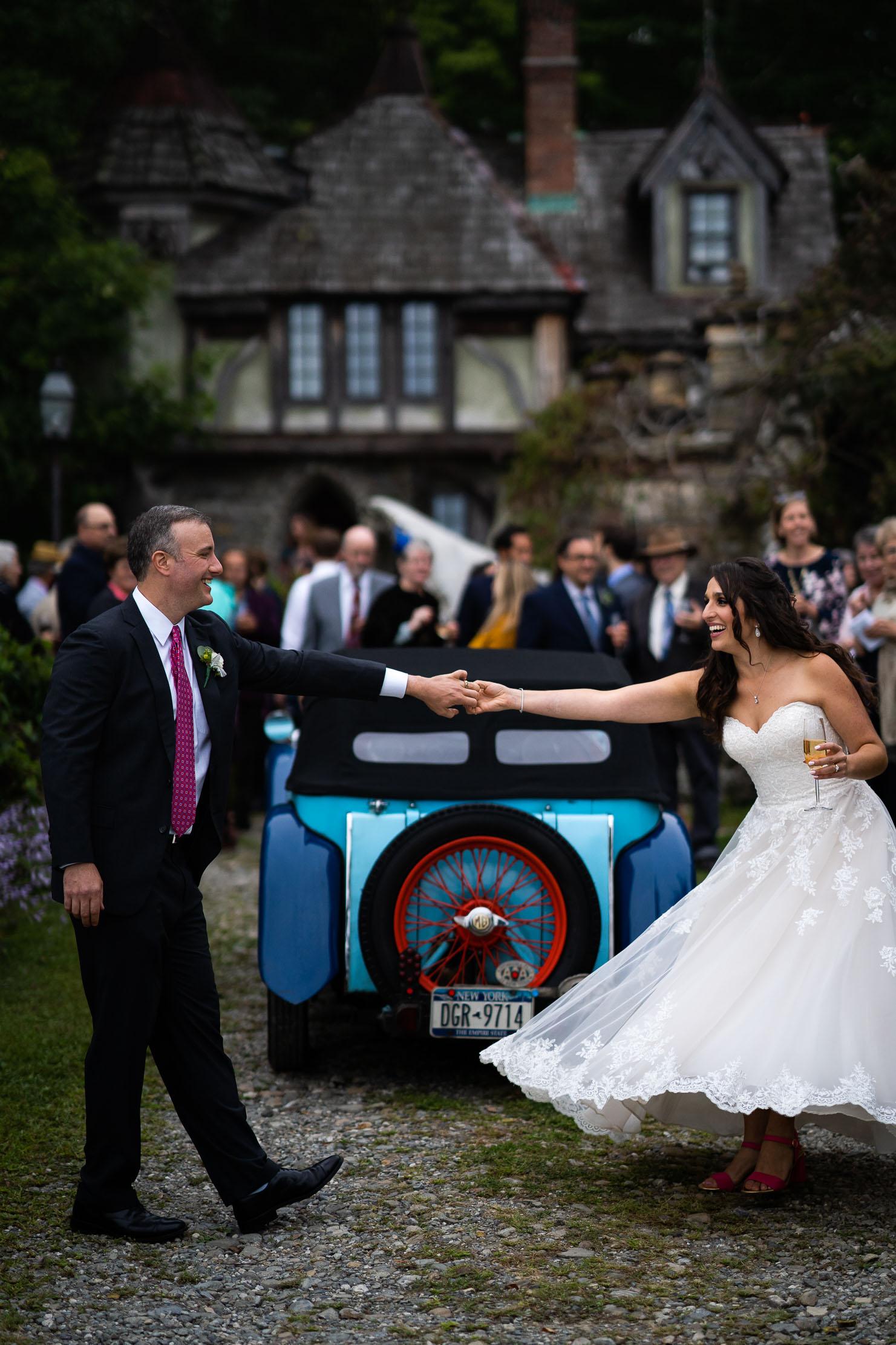 Wings-Castle-Millbrook-NY-Upstate-Wedding-Photographer-1108.jpg