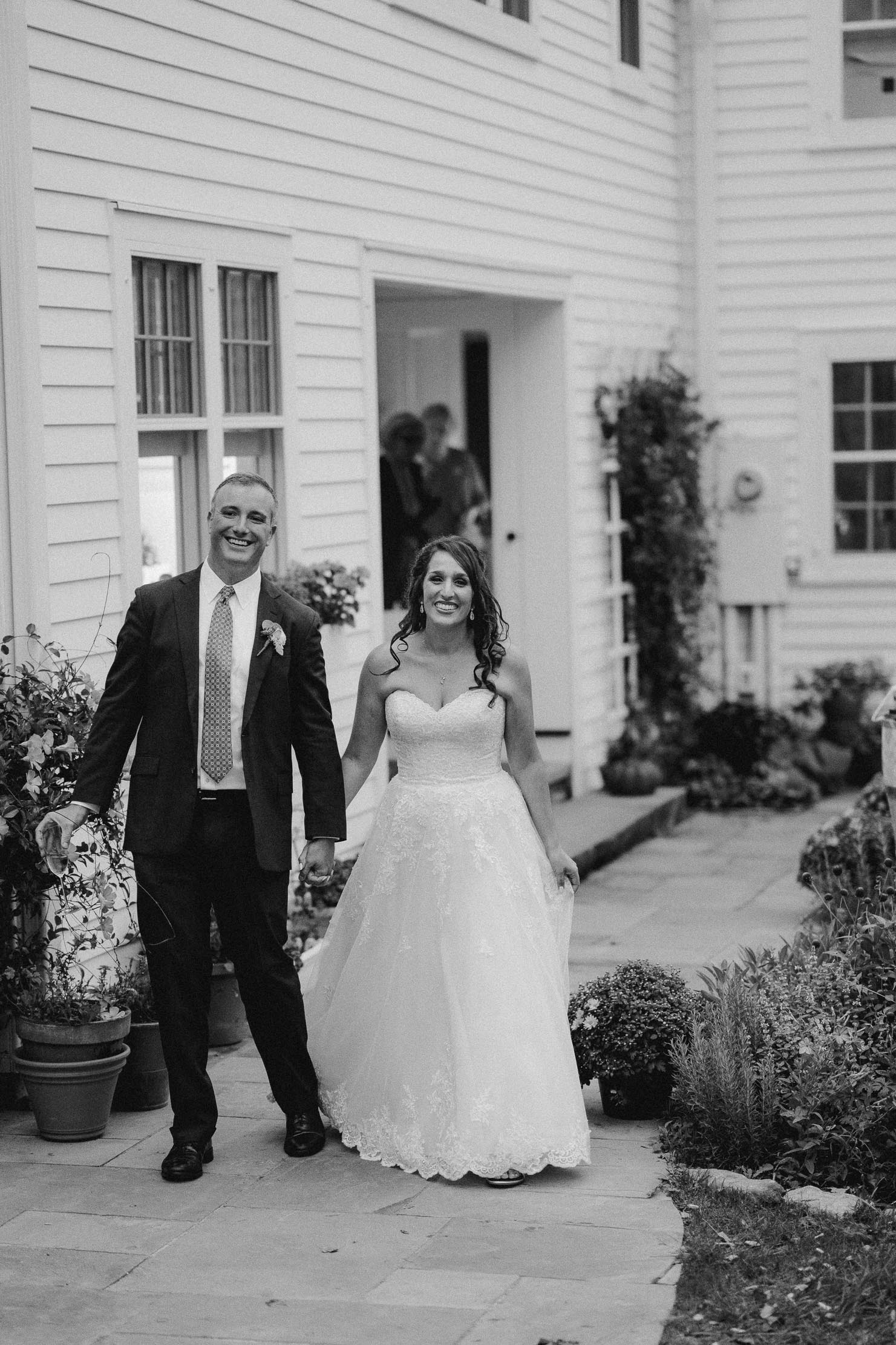 Wings-Castle-Millbrook-NY-Upstate-Wedding-Photographer-1125.jpg