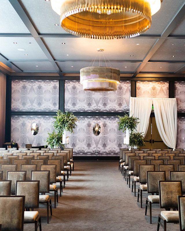 Modern elegance at Hotel Van Zandt. #ceremonydesign