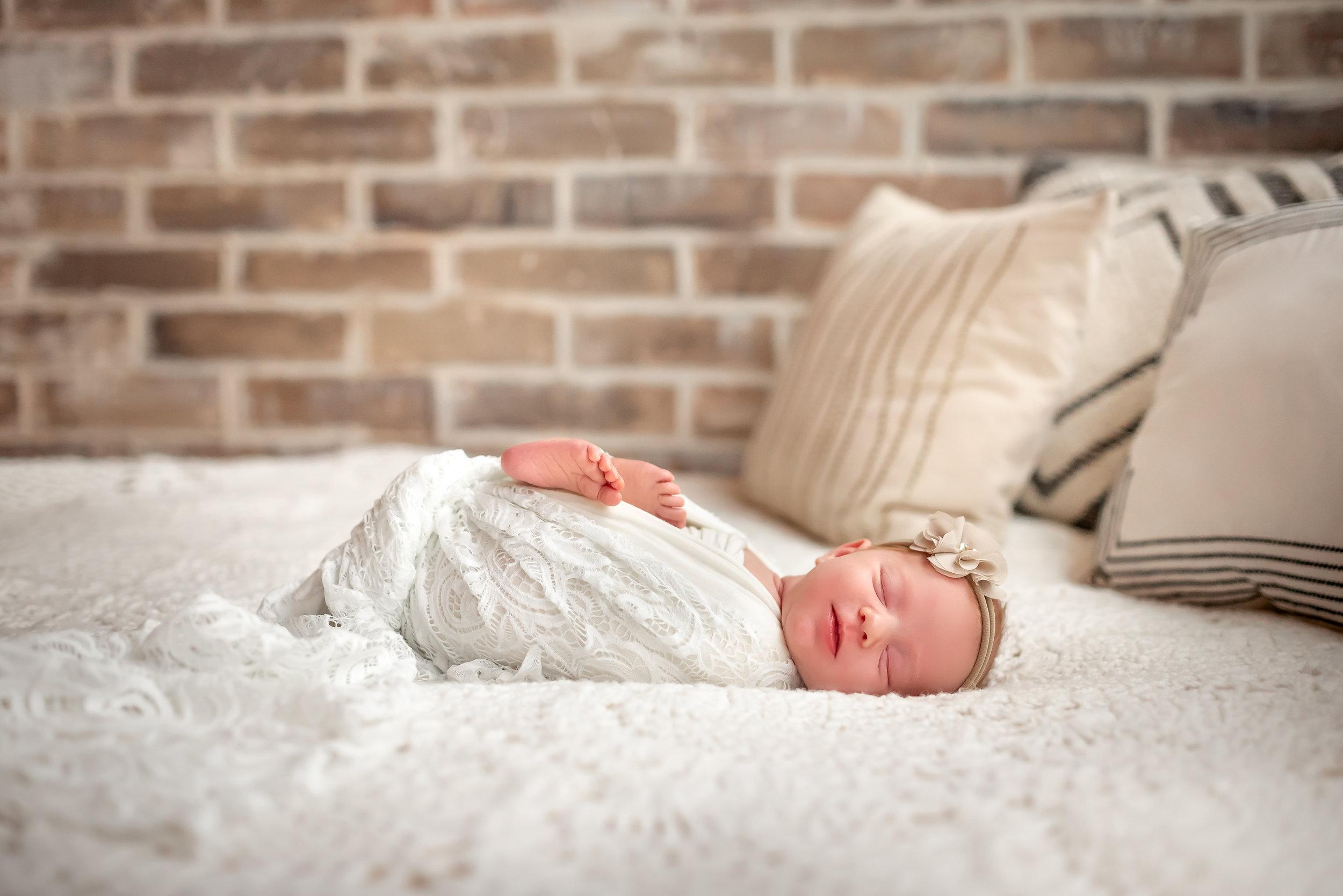 houston-tx-katy-newborn-studio-photographer-boho-neutral-lifestyle-session