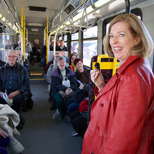 bus-tour-500k.jpg