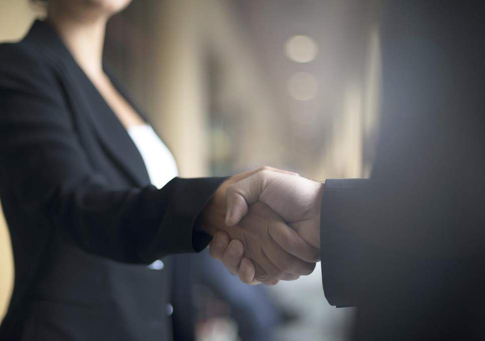 strong-handshake.jpg