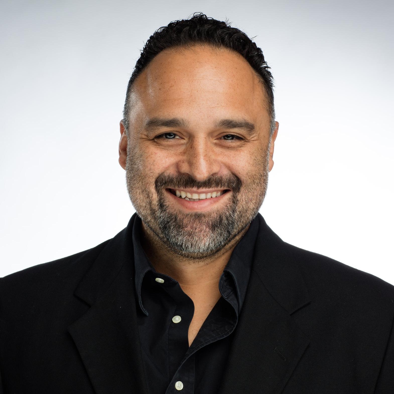 LOU RAMIREZ Southeast Promotion Manager   Warner Music Nashville