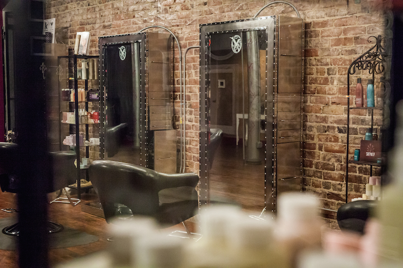 Victor Victoria  - Offering customizable salon and spa services to individuals and groups. Massages, Mani/Pedis, Haircuts/Colors. Nested in a 6000 sq ft salon & spa located in the heart of the Old Market.