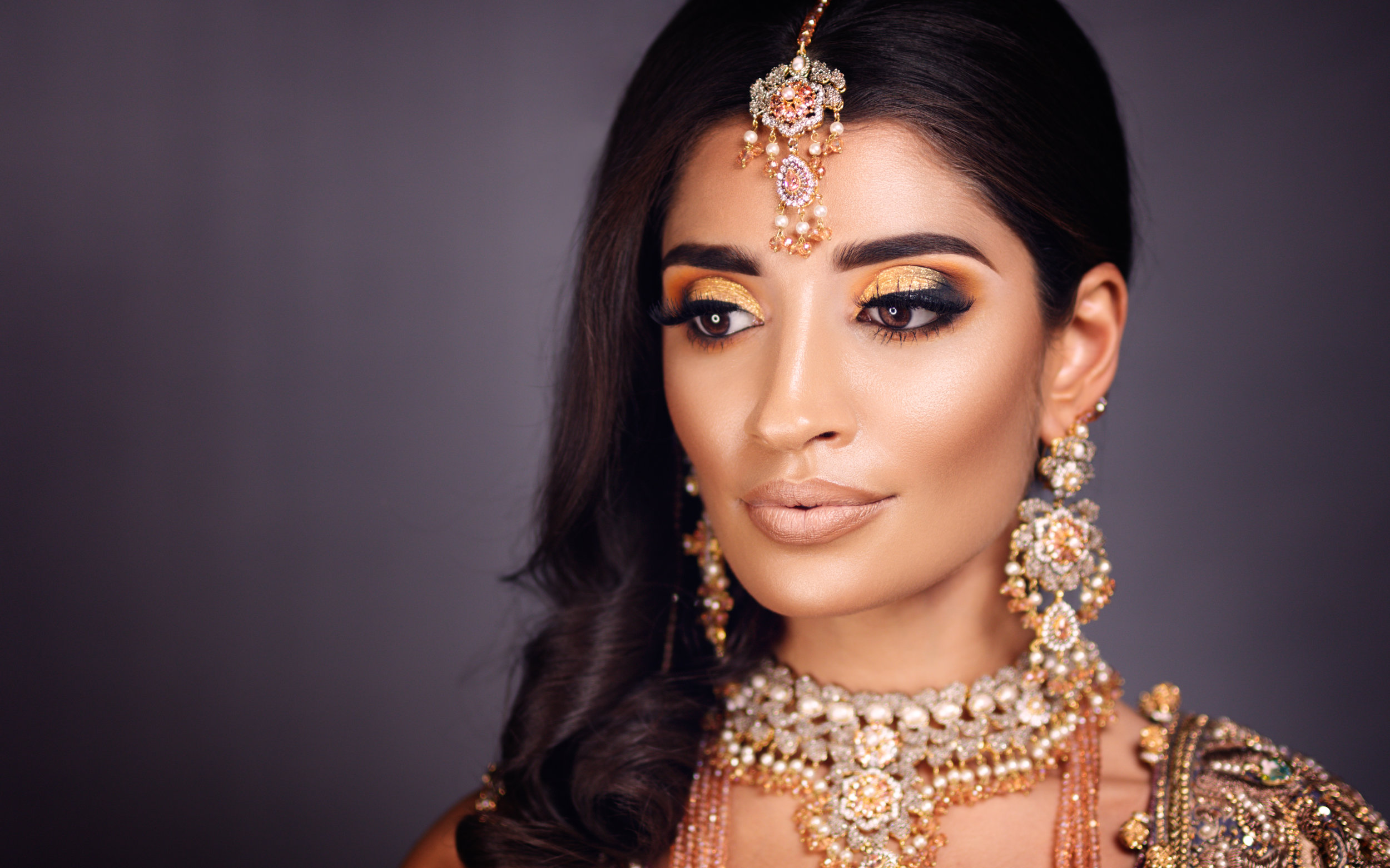 Makeup and jewellery photography. Asian bridal makeup and jewellery. MUA. Glasgow based photographer. Portrait, corporate headshot, wedding photographer, interior photographer, commercial and content photography Scotland. Copyright @cursetheseeyes www.cursetheseeyes.com
